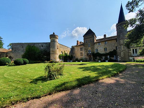 Le chateau de Saint-Point
